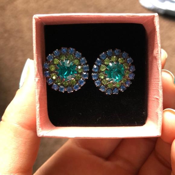 Jewelry - Free earrings when you bundle!!